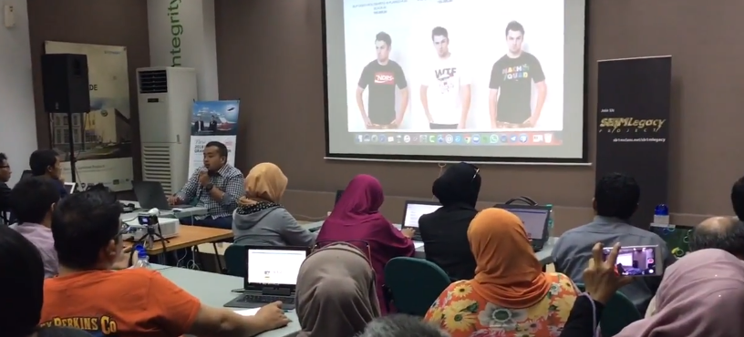 Tempat Kursus Bisnis Internet Marketing di Surabaya